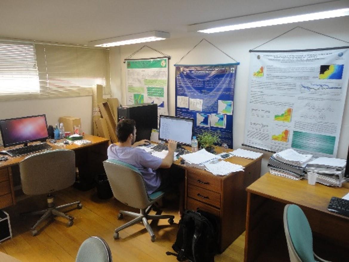 Laboratório de Oceanografia Física (LOF)